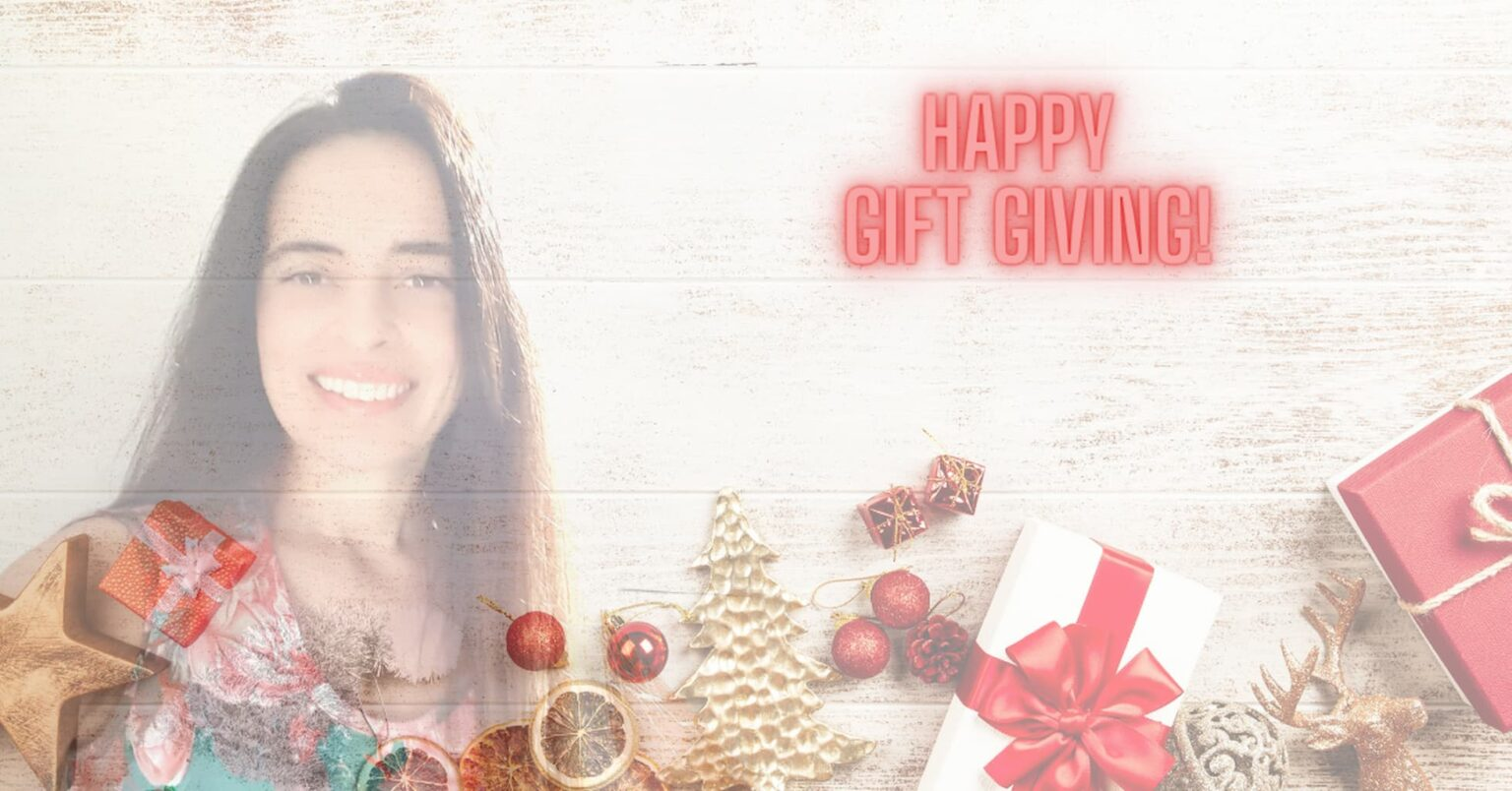 Gisella Casolaro Happy Gift Giving